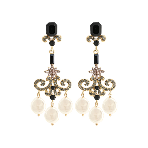 Classy Natural Pearl Drop Earrings