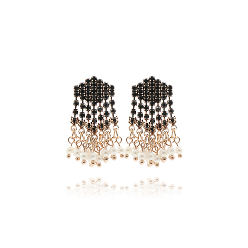 Rhombus Pearl Drop Earrings