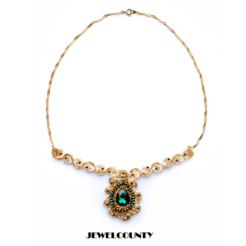 Byzantine Feeling Emerald Crystal Necklace