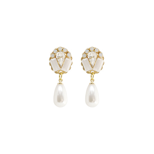 White Formica Stone Pearl Earrings