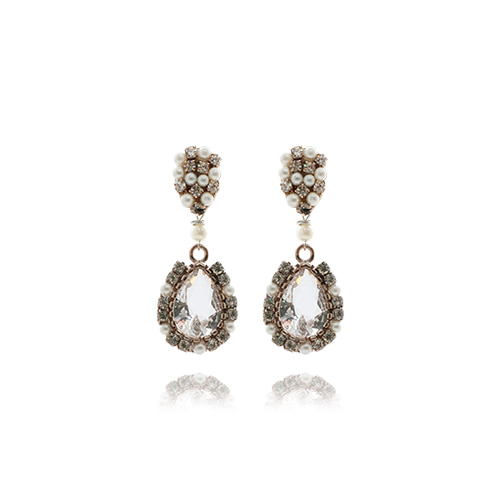 Crystal Drop Earrings(white)